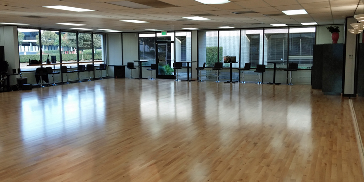 Rent Avant Garde Ballroom's studios in Orange County for your next big party!